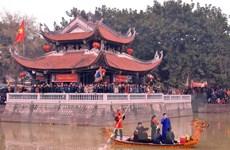 Du khách tấp nập trẩy hội Lim, hòa mình trong làn điệu Quan họ