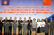 Quan chức cao cấp ASEAN-Trung Quốc thảo luận về DOC và COC