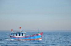 [Video] Ngư dân thẳng tiến ra Hoàng Sa, Trường Sa sau Tết Đoan Ngọ