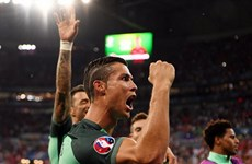 Cận cảnh Bồ Đào Nha đánh bại Xứ Wales giành vé vào chung kết