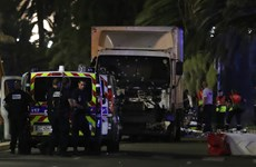 Cảnh sát Pháp điều tra khả năng có đồng phạm trong vụ tấn công