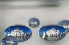 Những điểm đến nổi tiếng đẹp lung linh qua lăng kính giọt nước