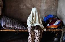 Một phụ nữ bị hiếp dâm tập thể sau khi bị buộc tội ăn thịt bò