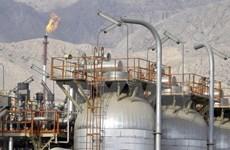 Giá dầu thế giới đi lên do lo ngại nguồn cung ở Libya và Nigeria