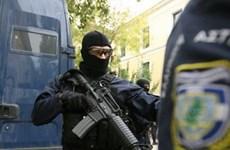 Cảnh sát Hy Lạp vô hiệu hóa bom bên ngoài trụ sở Bộ Lao động