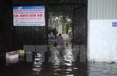 Khánh Hòa: Vỡ kênh thoát lũ Đường Đệ, nhiều nhà dân bị ngập