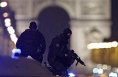 Vụ nổ súng tại Paris: Xác định đối tượng người Bỉ không liên quan