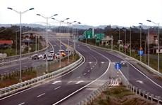 Cần giải pháp đảm bảo an toàn giao thông cho các tuyến cao tốc