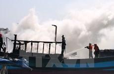Thanh Hóa: Cháy tàu cá, thiệt hại ước tính 900 triệu đồng
