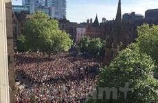 """Vụ nổ ở Manchester: Nước Anh """"gồng mình"""" vượt ám ảnh khủng bố"""