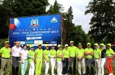 Giải golf mở rộng tại Séc giúp gắn kết người Việt toàn châu Âu