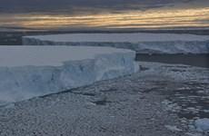 Khối băng khổng lồ hơn 1.000 tỷ tấn bắt đầu tách khỏi Nam Cực