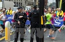 """Nhóm khủng bố """"Ba lính ngự lâm"""" bị kết án chung thân tại Anh"""