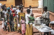 """Đề xuất cắt giảm viện trợ của Mỹ là """"thảm họa"""" cho các nước nghèo"""
