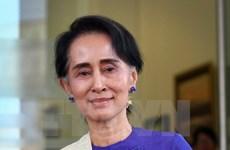 """Bà San Suu Kyi phản bác chỉ trích về việc """"mềm mỏng"""" với quân đội"""