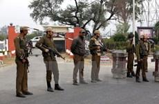 Ấn Độ: Tấn công bằng lựu đạn, ít nhất 33 người thương vong