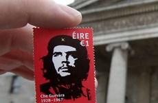 """Cháy hàng bộ tem về người anh hùng """"Che"""" Guevara ở Ireland"""