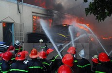 An Giang: Cháy lớn trong đêm, thiêu rụi xưởng sản xuất chăn đệm