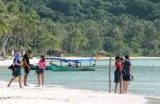 Gần 260.000 lượt du khách đến Phú Quốc trong tháng đầu năm