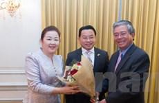 Đại sứ Phạm Quang Vinh chúc Tết Đại sứ quán Lào dịp Tết cổ truyền