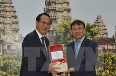 Việt Nam-Campuchia tăng quan hệ hợp tác thương mại biên giới
