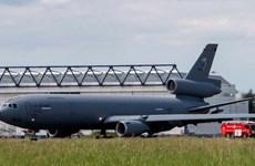 Máy bay quân sự của Mỹ hạ cánh khẩn cấp xuống sân bay ở Ireland