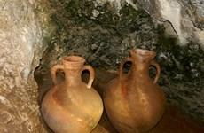 Israel trục vớt các tàu gốm còn nguyên vẹn niên đại 2.000 năm
