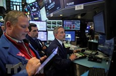 Các thị trường chứng khoán châu Âu và Mỹ biến động trái chiều