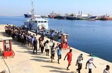 Hải quân Maroc giải cứu gần 400 người di cư lênh đênh trên biển