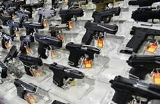 Tổng thống Brazil ký sắc lệnh hợp pháp hóa việc sử dụng súng