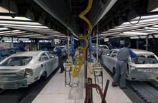 Sản lượng xe mới tại Anh giảm tháng thứ tám liên tiếp