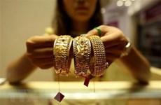 Vàng thế giới xuống giá khi đồng USD mạnh lên so với đồng euro