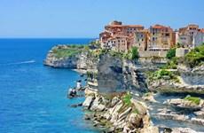Đảo Corse: Khai quật đô thị La Mã, lộ ngôi mộ người Etruscan cổ đại