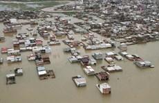 Mưa lũ gây ngập lụt diện rộng, đe dọa nhiều địa phương ở Iran