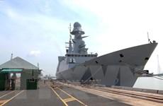 [Photo] Tàu hộ tống phòng không Pháp thăm hữu nghị TP Hồ Chí Minh