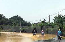 Mưa lũ, dông lốc gây nhiều thiệt hại, 4 người chết và bị thương
