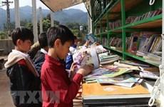 Phú Yên: Một gia đình nông dân lập thư viện tư nhân cho người dân