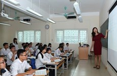 Xây dựng tài nguyên giáo dục mở đáp ứng yêu cầu học tập suốt đời