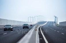 Cử tri quan tâm việc xử lý vướng mắc về xây dựng và giao thông