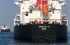 Sự cố tàu chở dầu bốc cháy ở Vịnh Oman: Iran cứu hộ 44 thủy thủ