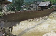 Mưa lớn và lũ quét gây nhiều thiệt hại tài sản ở Lào Cai