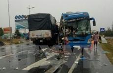 Quảng Bình: Tai nạn giao thông liên hoàn, nhiều người nhập viên