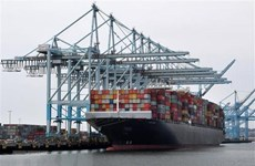 """Xuất khẩu của Mỹ """"hụt hơi"""" vì cuộc chiến tranh thương mại"""