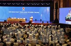 [Photo] Thủ tướng chủ trì Hội nghị phát triển kinh tế miền Trung