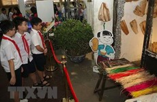 Gần 20.000 học sinh học lịch sử tại Hoàng thành Thăng Long và Cổ Loa
