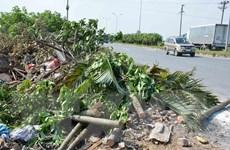 Rác thải tràn lan trên tuyến đường tránh thành phố Nam Định
