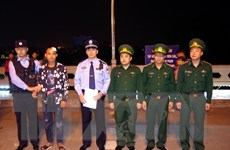 Quảng Ninh: Cứu sống công dân Trung Quốc gặp nạn trên sông biên giới