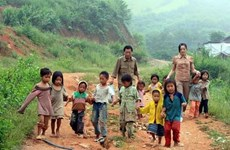 Đắk Lắk: Cô giáo trẻ gắn bó với ngôi trường vùng khó Cư San