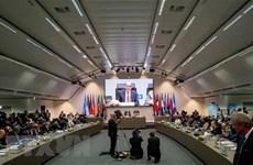 Giá dầu trên thị trường châu Á đi lên trước thềm cuộc họp của OPEC
