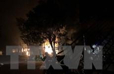 Thanh Hóa: Cháy xưởng sản xuất đũa, ước tính thiệt hại hàng tỷ đồng